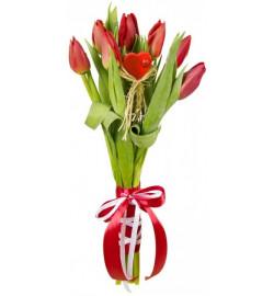 Тюльпаны с сердцем